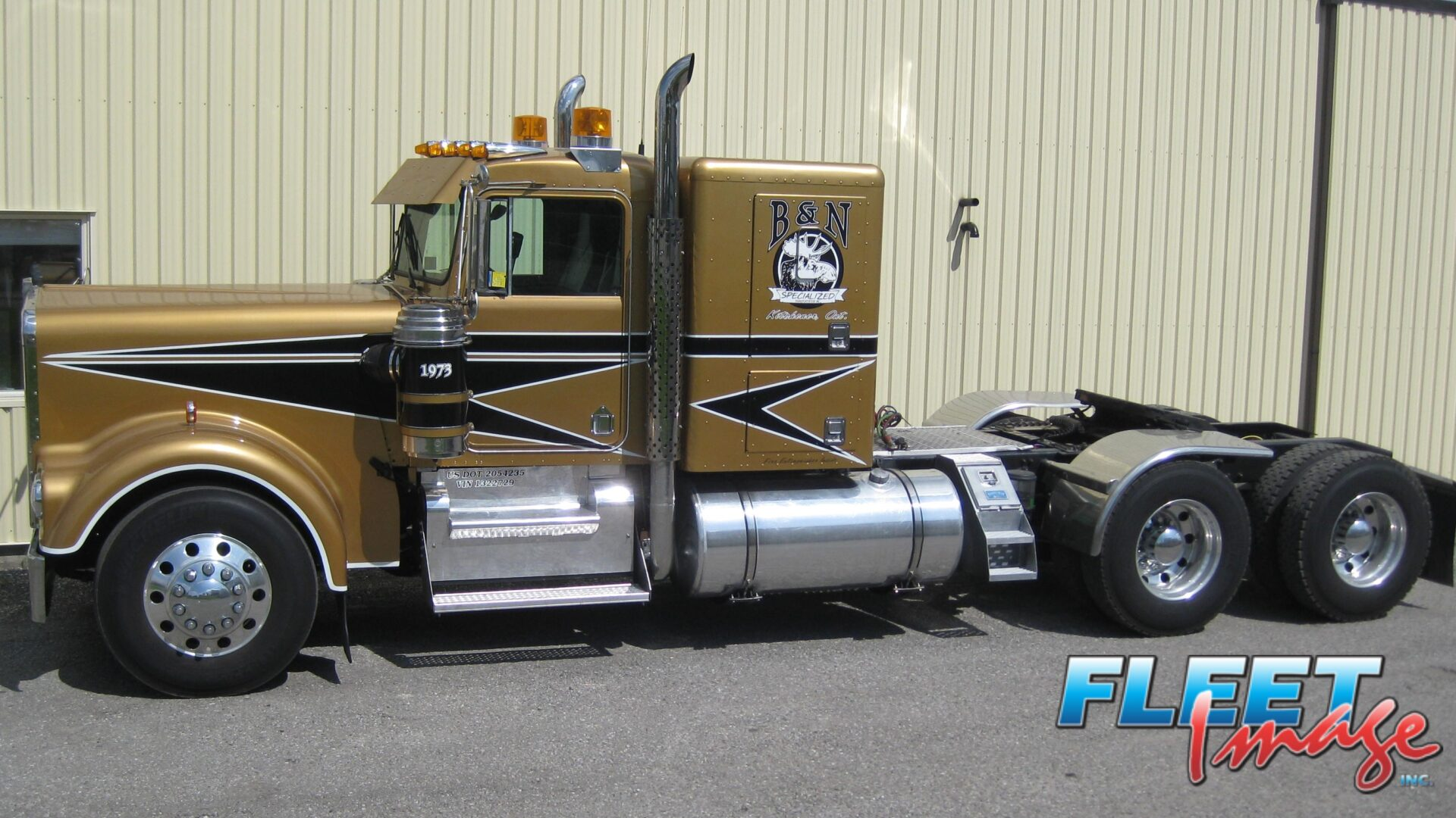 B&N gold truck
